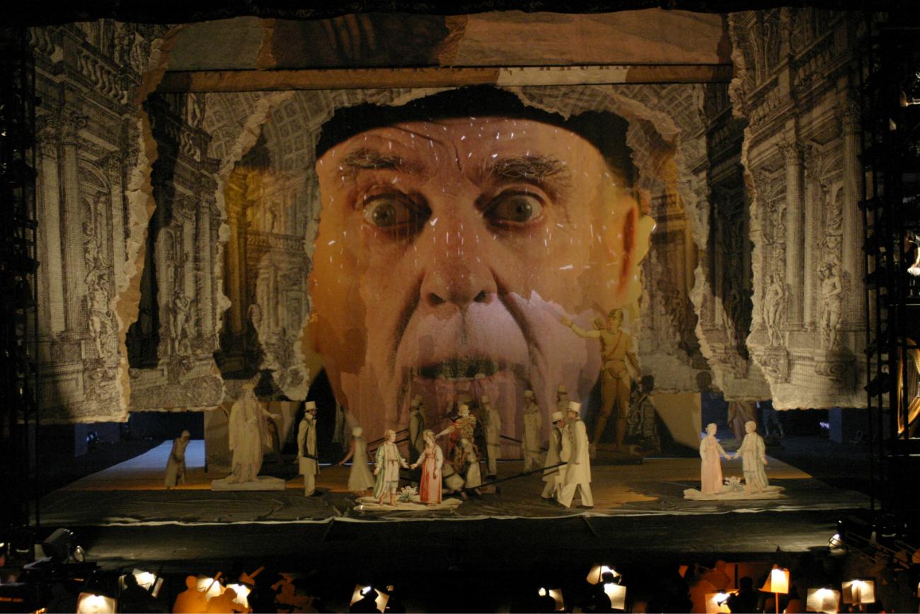 La ceremonia di apertura del teatro dopo la ricostruzione nel 2006. Fonte: ufficio stampa