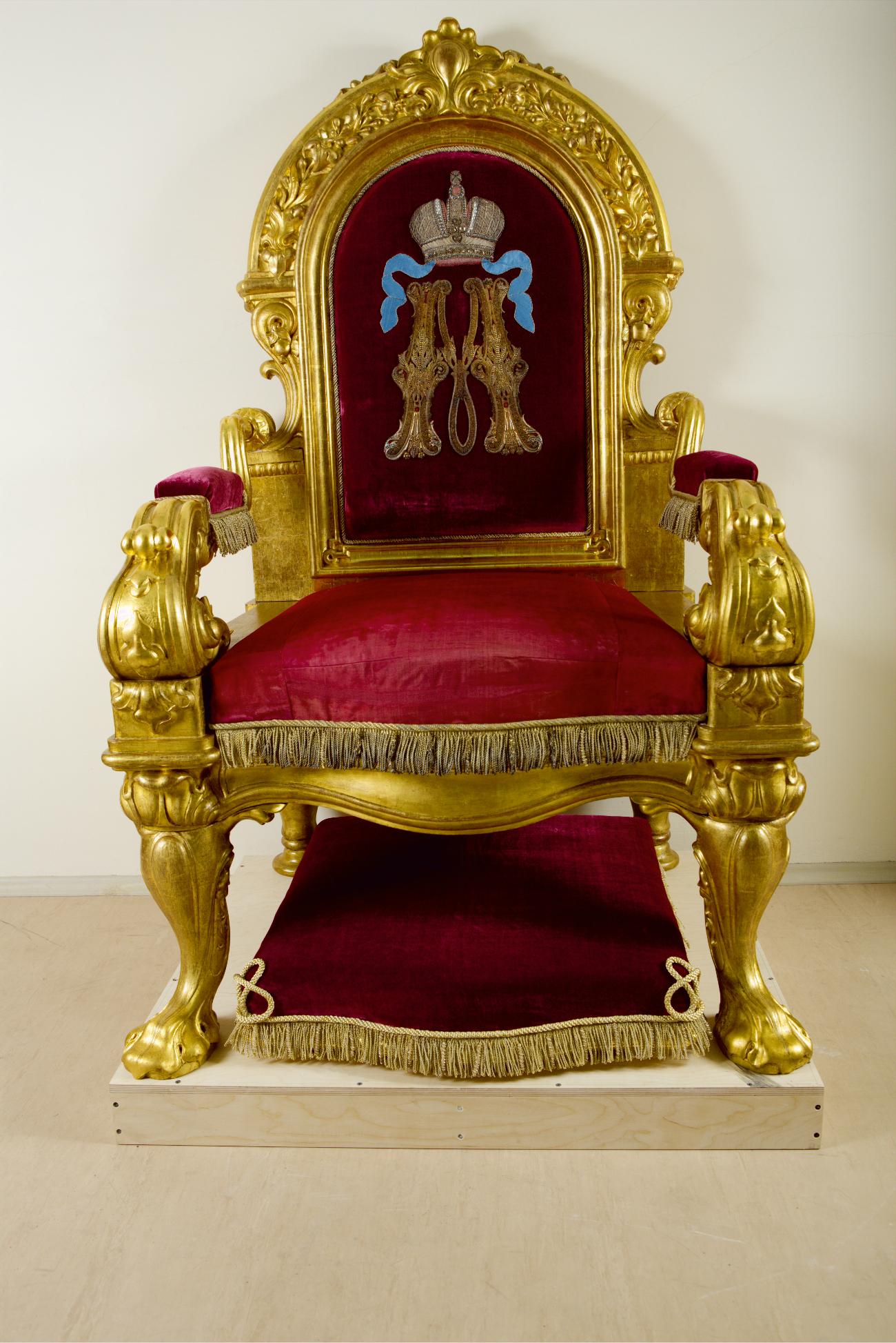 Il trono della sala di Caterina del Gran Palazzo del Cremlino di Mosca. 1848\n