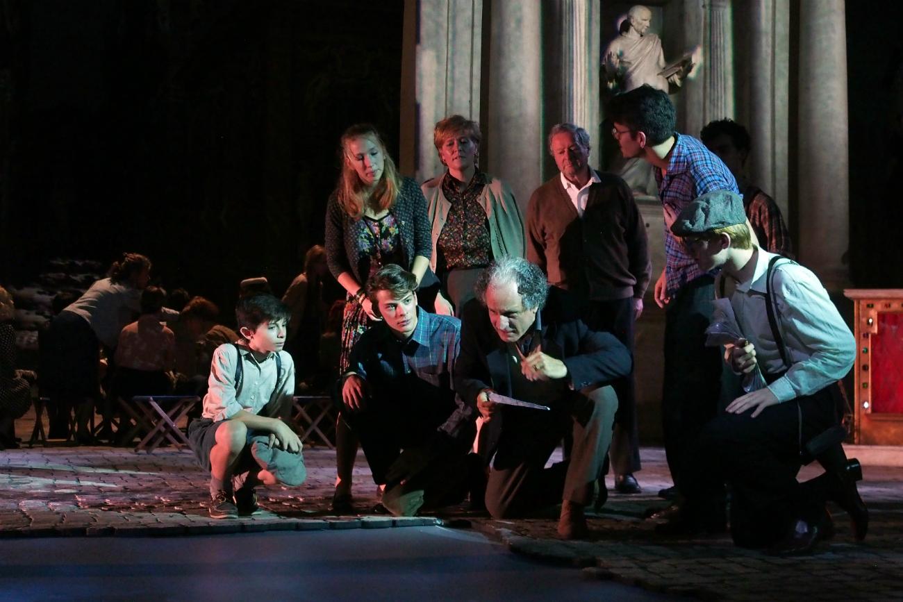 """Una scena dello spettacolo """"Go.Go.Go"""" al Teatro Olimpico di Vicenza. Fonte: Francesco Dalla Pozza."""