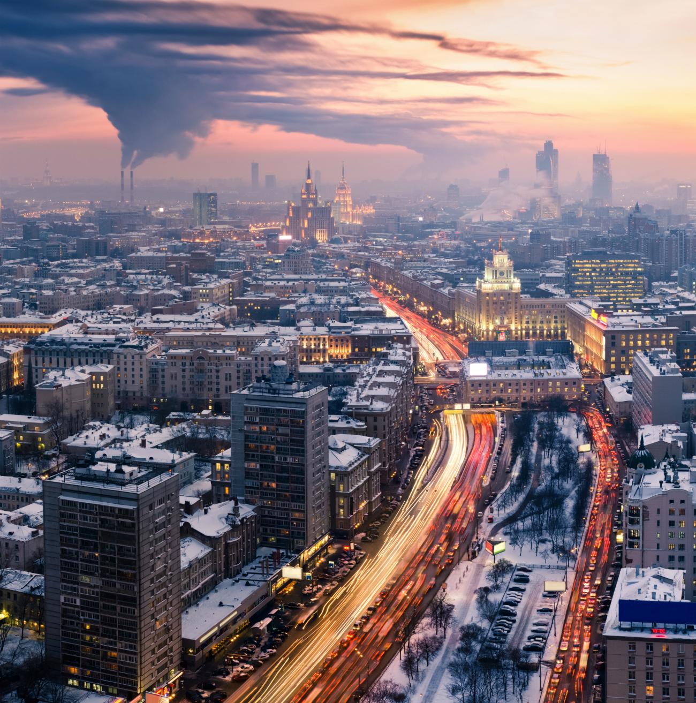 Para diminuir número de veículos na capital, é preciso também mudar a mentalidade dos moscovitas, segundo especialista