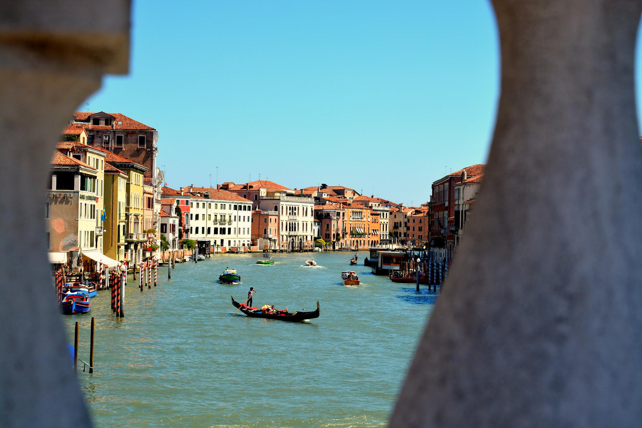 Venezia ospiterà la 57esima Biennale d'arte dal 13 maggio al 26 novembre 2017.