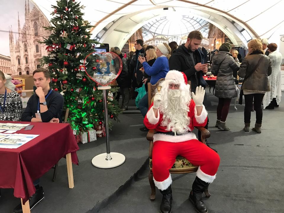 Il bazar natalizio a Villa Berg, sede dell'ambasciata d'Italia a Mosca\n