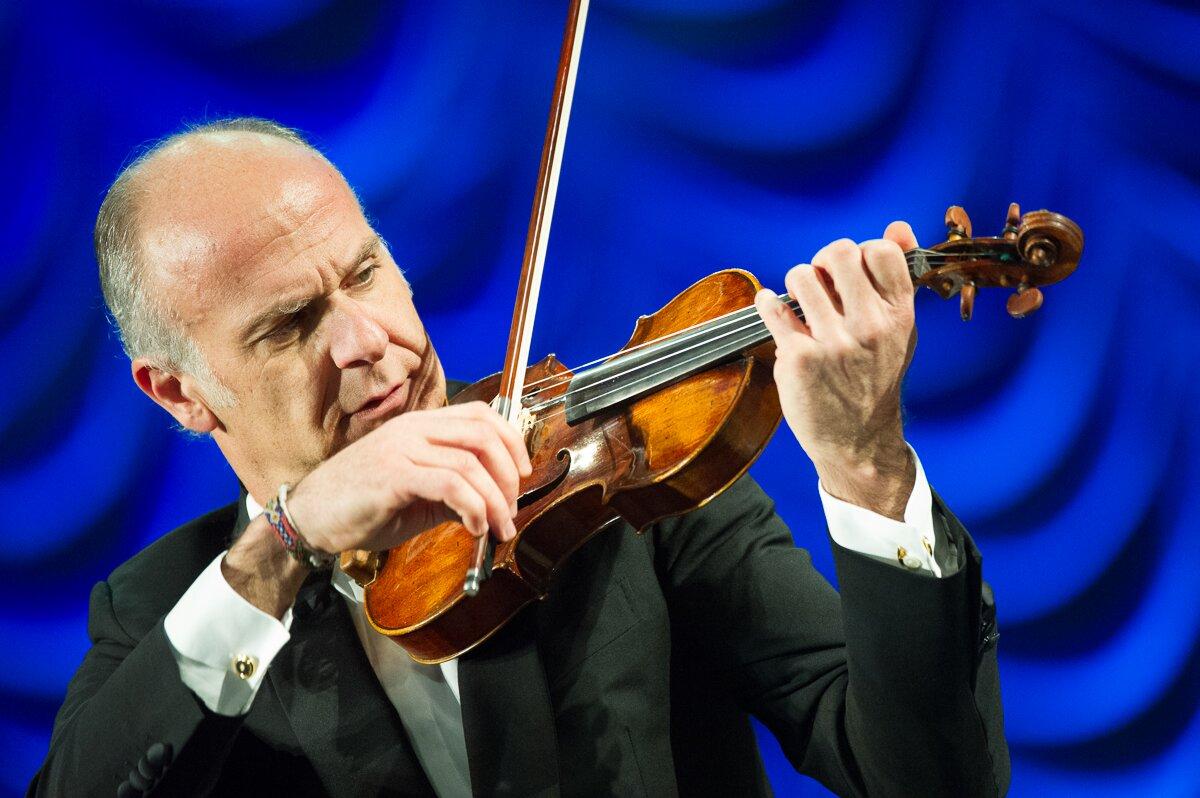 Il violinista Massimo Quarta.