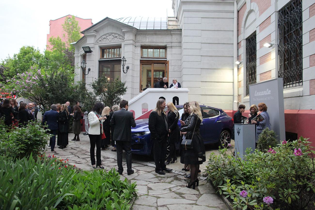 Moltissime le personalità del mondo politico, culturale e imprenditoriale, russo e italiano, che hanno partecipato all'evento