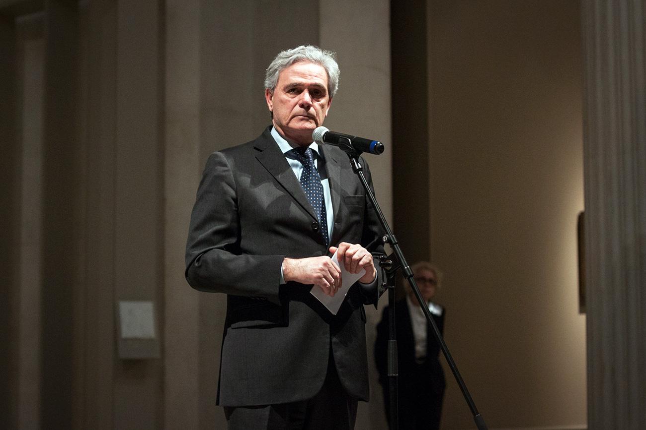 L'ambasciatore italiano a Mosca Cesare Maria Ragaglini durante la presentazione della mosta. Fonte: Vitalij Mikhajluk