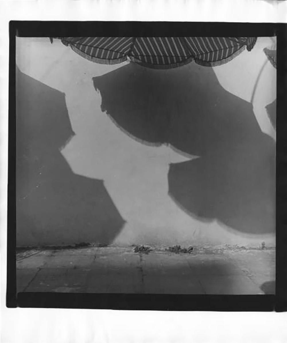 """Il celebre fotografo Aleksandr Slyusarev (1944 – 2010) ha iniziato ad avvicinarsi alla fotografia alla fine degli anni Cinquanta, quando ricevette in regalo da suo padre una macchina fotografica """"Yunost"""" / Fotografia № 22 (anni Ottanta)"""