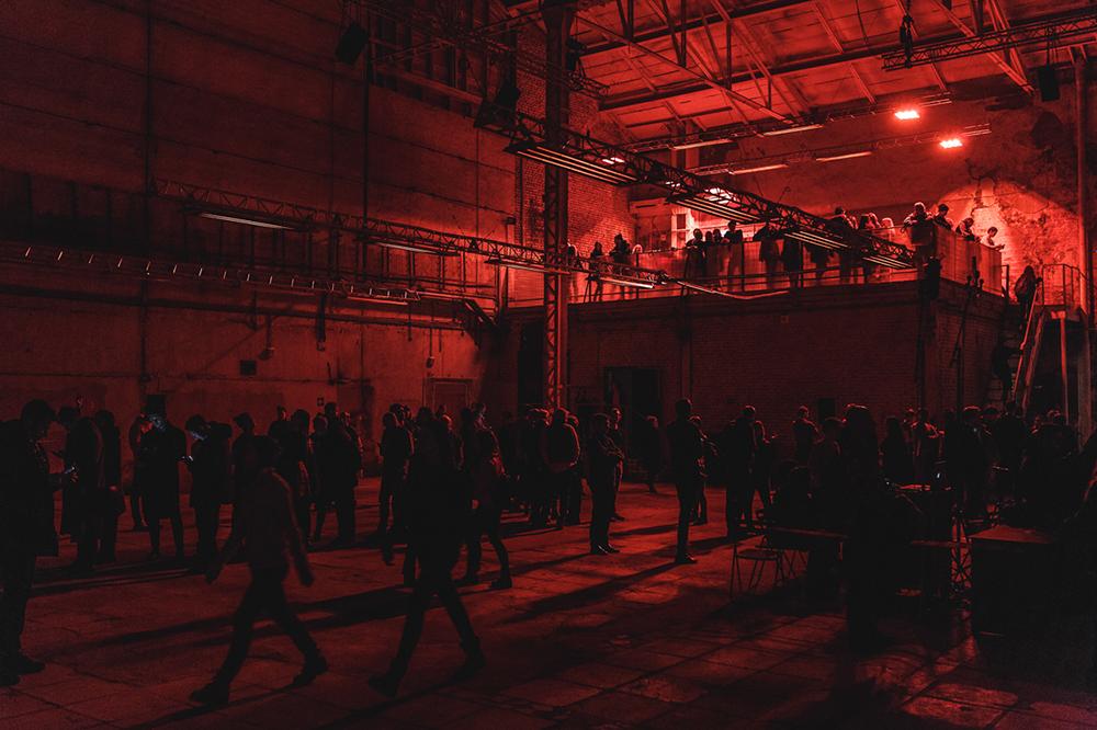 """Lo spazio culturale firmato Renzo Piano che sorgerà dalle ceneri della Ges-2, la storica centrale elettrica costruita all'inizio del Novecento nel cuore di Mosca, aprirà solo nel 2019. Ma un assaggio del fermento artistico che si potrà percepire qui fra qualche anno è stato anticipato dal festival """"Geometry of Now"""""""