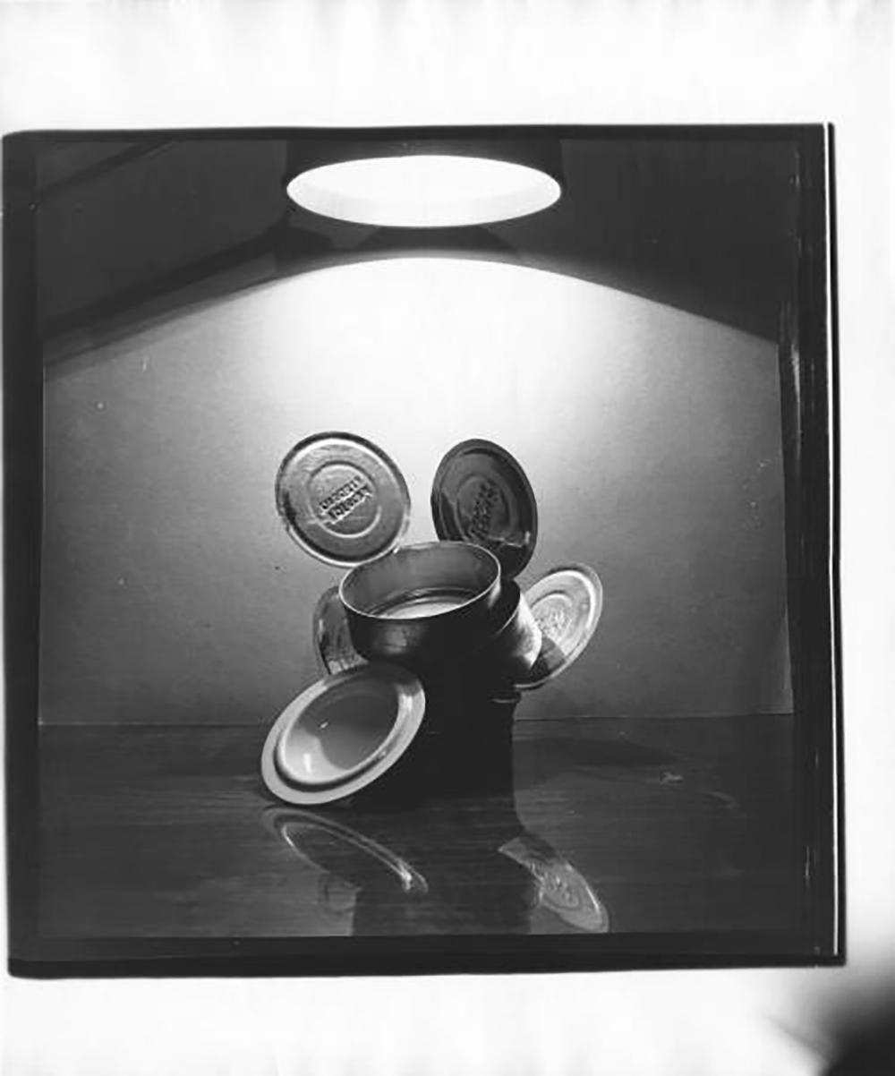"""I soggetti principali ritratti da Slyusarev erano i dettagli urbani: fu lui infatti a coniare il concetto di """"paesaggio piatto"""". Lui stesso poi definiva il suo lavoro come una """"fotografia analitica"""", ovvero che metteva in primo piano le informazioni relative al momento stesso dello scatto / Fotografia № 27 (anni Sessanta)"""