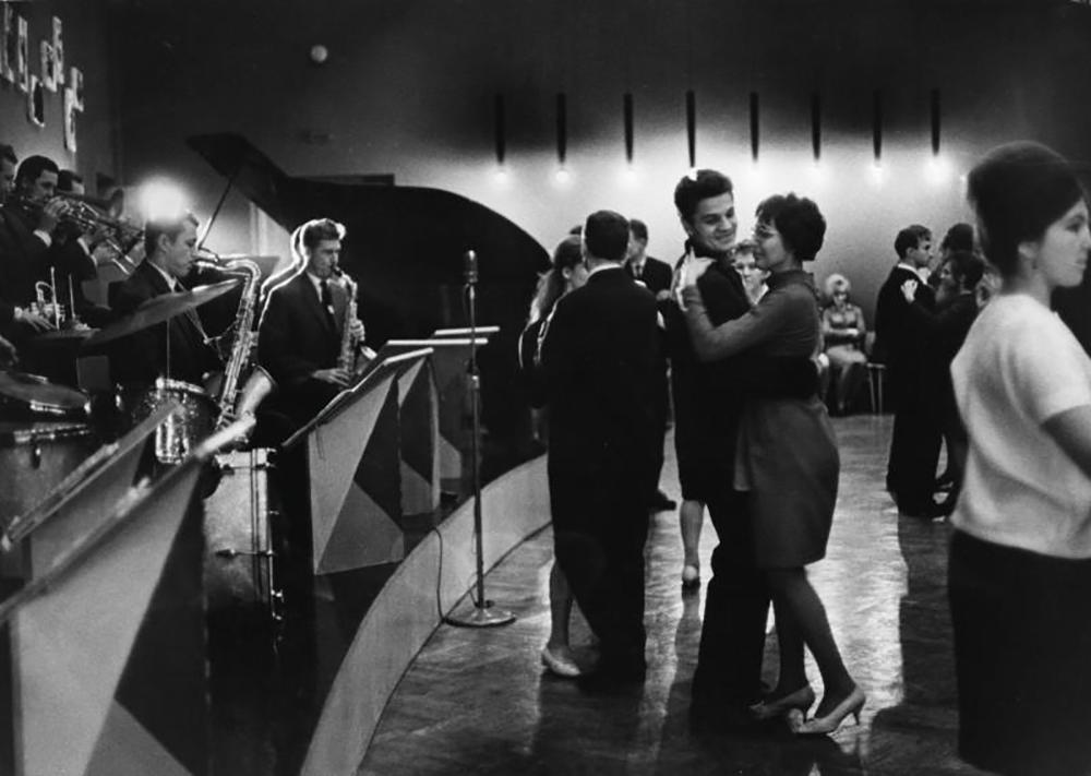 Serata di ballo, 1965