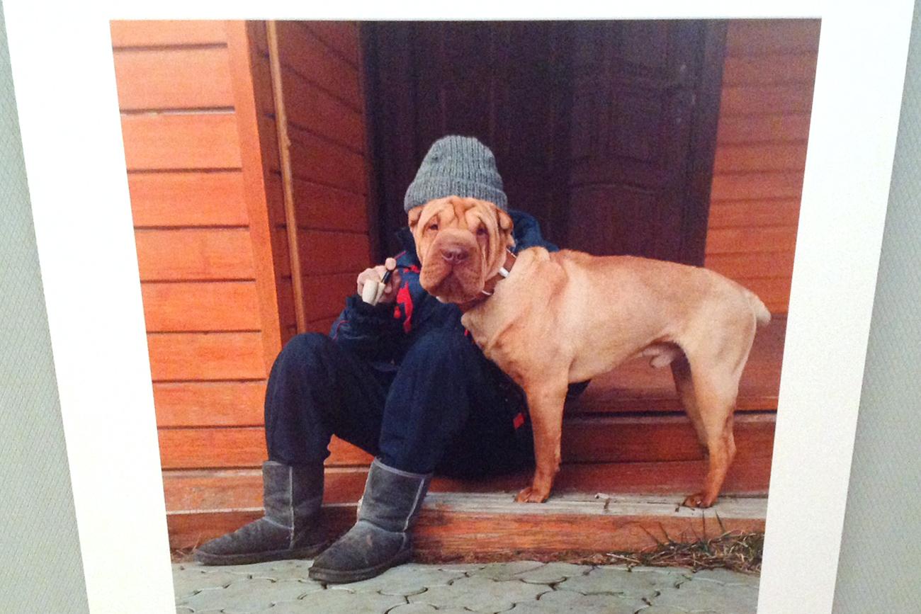 """""""Un'anima in due corpi"""". I ritratti metà uomo metà cane di Yulia Artemyeva. Oltre a numerosi premi in Russia, la fotografa ha ricevuto riconoscimenti e attestati in Argentina, Giappone, Cina, Turchia, Francia e Bosnia-Erzegovina"""