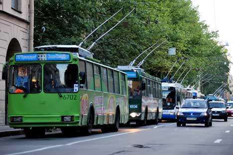 モスクワのトロリーバス。 1 番と 33 番でゆったり都心を観光してみよう。 =タス通信撮影