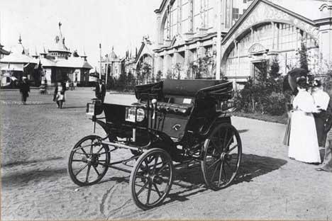 ロシア初の国産自動車。写真提供:ウィキペディア