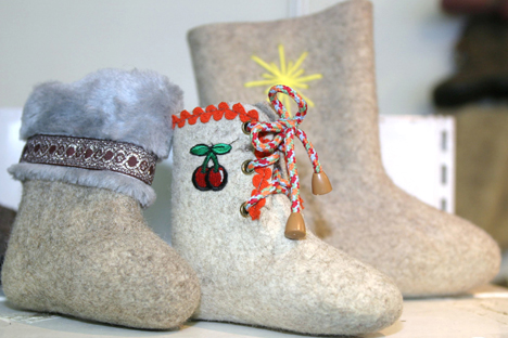 ロシアでオーセンティックな製品といえば、フェルト製ブーツの「ワーレンキ」だ=ロシア通信撮影