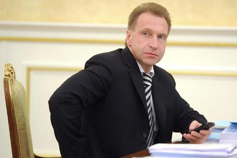 プーチン内閣の第一副首相、イーゴリ・シュワロフ =タス通信撮影