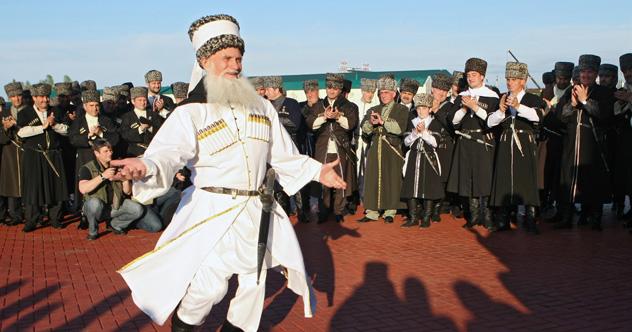 国内100都市に住む2万7000人の幸福度を調査した結果、チェチェン共和国の首都であるグロズヌイが断トツの第1位となった =ロシア通信撮影