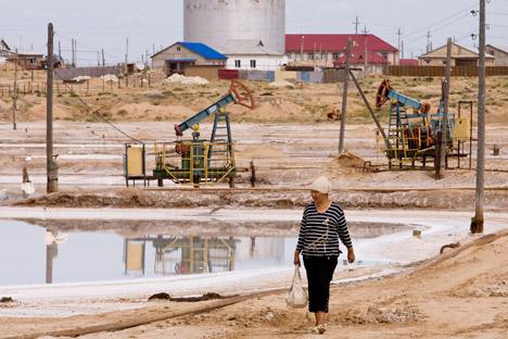 ドッソルの油田、カザフスタン =ロイター/VostockPhoto通信撮影