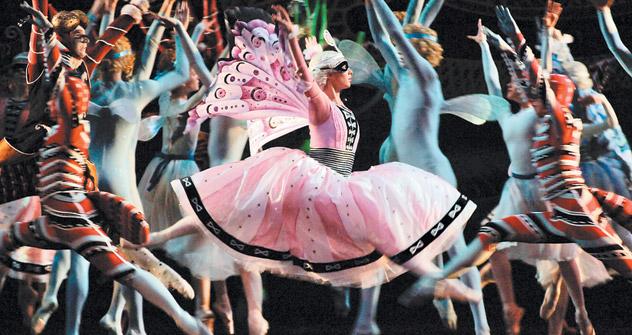 作曲家イーゴリ・ストラビンスキーがセルゲイ・ディアギレフが率いる「バレエ・リュス」のために作曲したバレエ音楽、「春の祭典」の場面=タス通信撮影