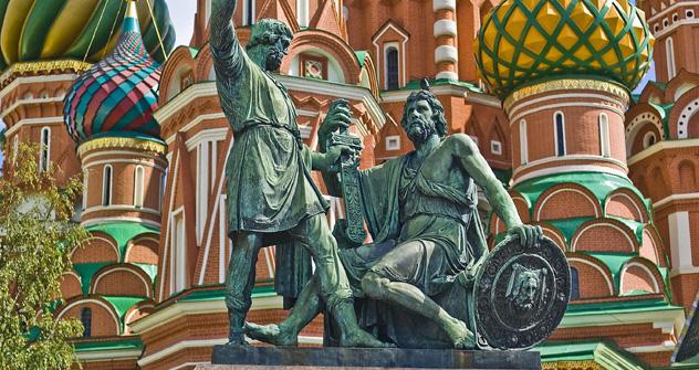ミニンとポジャルスキーの銅像、モスクワ 写真提供:JackVersloot, flickr.com