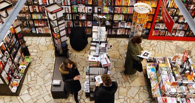 第一回「読書の夜(ビブリオノーチ)」運動がロシア全土で開催された。 =コメルサント通信撮影