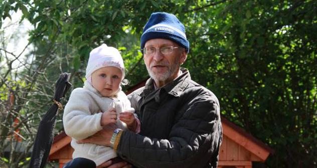 世話を頼まれている子どもが2人、6歳の女の子と男の子で、週に一度、スポーツ教室とダンス教室に連れて行かねばならない 写真提供:avito.ru
