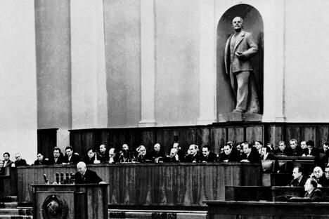 ソ連共産党第20回大会開幕、フルシチョフの特別報告の時 =ロシア通信