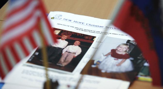 ロシアのセルゲイ・ラヴロフ外相は2月26日、ドイツ・ベルリンでアメリカのジョン・ケリー国務長官と会談するが、ロシア外務省人権問題担当のコンスタンチン・ドルゴフ氏によると、この死亡事件が主な議題になるという。=イゴリ・ルスタック撮影/ロシア通信