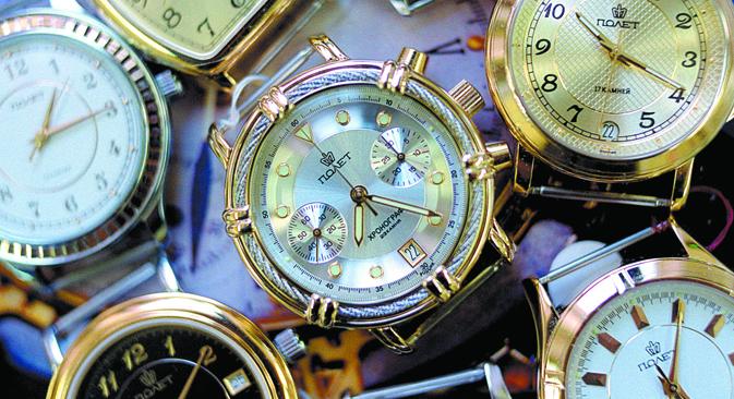 ロシア製「パリョート」腕時計 =タス通信撮影