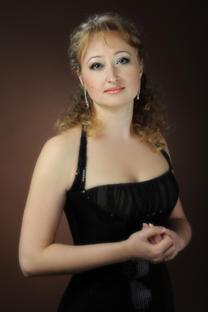 ナタリヤ・ドミトリエフスカヤ(ソプラノ)
