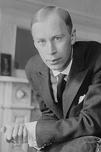 セルゲイ・プロコフィエフ、1918年。