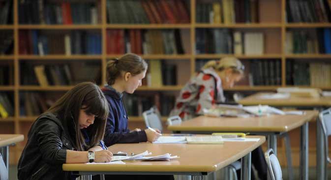 国際関係大学に今年開設された国際関係・政治研究所は、ロシアでは初となる、完全英語教育の学士プログラムを実施している。=PhotoXPress撮影