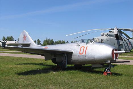 ミグ9、写真提供:Mike1979 Russia