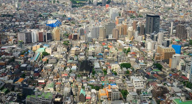 日建設計の中村光男会長は「現在のモスクワは1970年代の東京をほうふつとさせる。すべてが過密でほこりっぽく、汚れているが、以前は日本もこうだった」と語る。=Alamy/Legion Media撮影