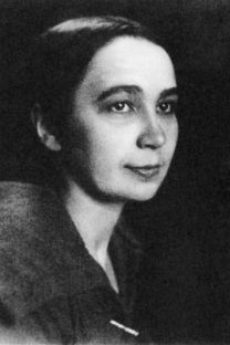 ナターリア・ゴンチャロワ、1910年