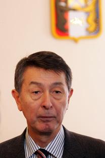 新潟市篠田市長 =エフゲニイ・ペレヴェルゼフ/コメルサント紙撮影