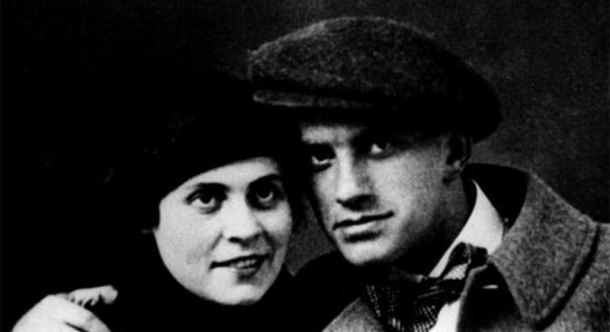 ロシアの詩人ウラジーミル・マヤコフスキーは、7月7日に生誕120周年を迎える =Press Photo撮影