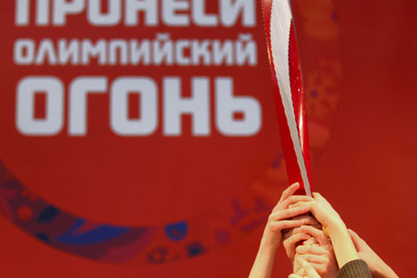 In total, as many as 14,000 torch-bearers will take part in the Olympic relay. Source: ITAR-TASS