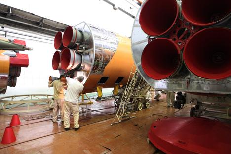 ロケットエンジン組立工場=ロシア通信撮影