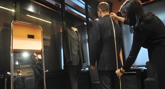 ロシアで最も成功している零細企業は、繊維製品の生産者、自動車修理、耐久消費財の販売などだ。=アルチョーム・ジテーネフ撮影/ロシア通信