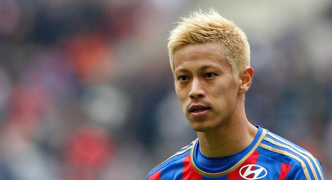 本田選手はCSKAのメンバーとして、ヨーロッパ・サッカーの本物のスターに変わった。=PhotoXPress撮影
