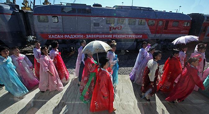 ハサン~羅津までの鉄道の改修工事完了を祝う開通式典=ロシア通信撮影