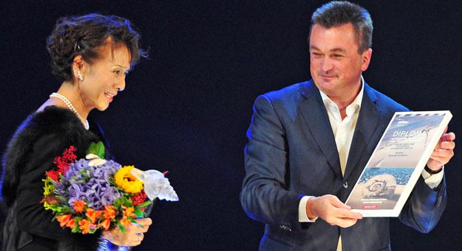 フランスの俳優兼監督のピエール・リシャール =ロシースカヤ・ガゼータ(ロシア新聞)