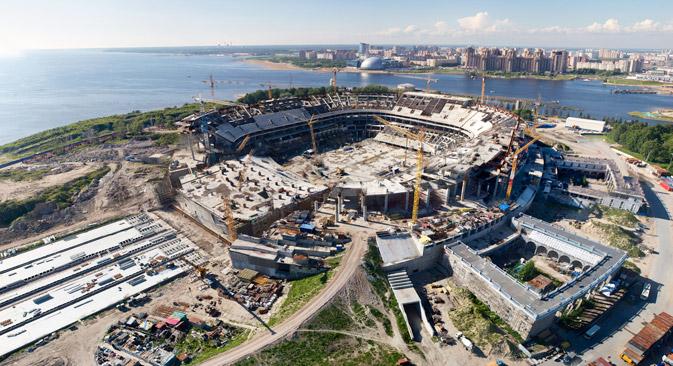 ゼニト・アリーナは2016年7月に竣工する予定=PhotoXPress撮影