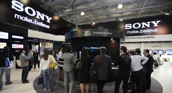 2013年「ロシア人が好むブランド」ランキングの2位はサムスンの競合メーカーである日本の「ソニー」=ロシア通信/ルスラン・クリヴォボク撮影