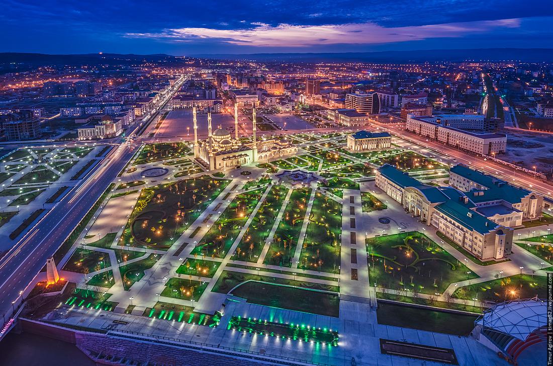 モスク「チェチェンの心」=写真提供:timag82.livejournal.com