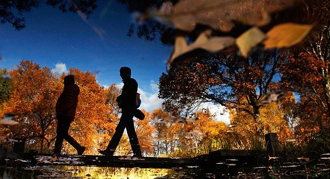 ロシアでは、秋から冬へと移り変わる時期は辛い=ロイター通信撮影