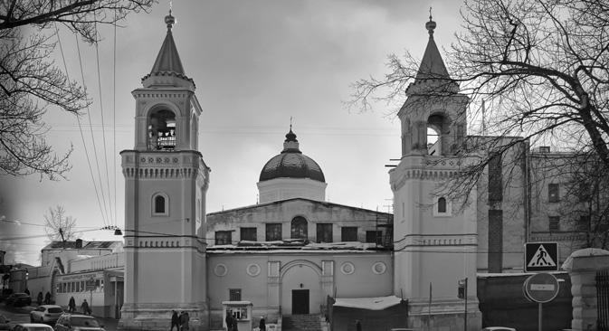 ホヴリノ廃屋病院=写真提供:Munroe/wikipedia.org
