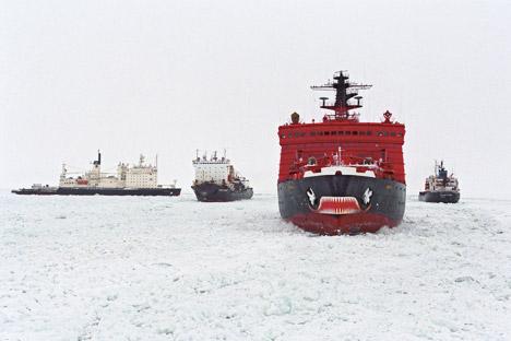 ロシアの北極海沿岸付近に、サベッタ港が建設されている=タス通信撮影