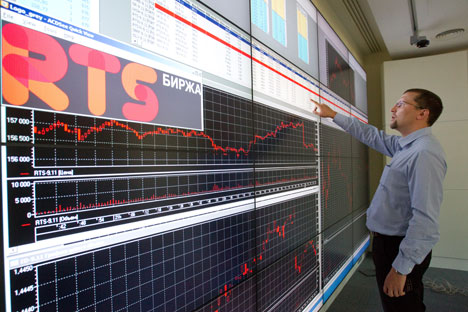 ロシア連邦貯蓄銀行の子会社「ズベルバンク CIB」のアナリストによると、ロシアの浮動株の約70%を外国人投資家が保有しているという=ロシア通信撮影