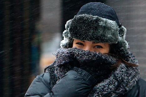「シャープカ(帽子)」は、ロシア人の必需品=ロイター通信撮影