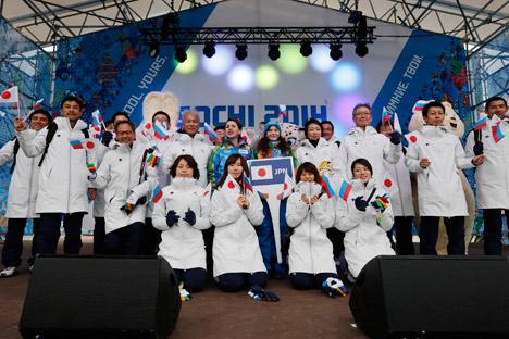 日本選手団=ロイター通信撮影